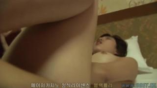 뽀얀피부에 쪼임이 다른 영계녀는 스포츠토토하는곳 (접속- BBET.ML )