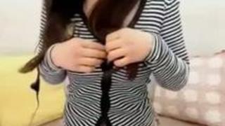 【エロ動画】爆乳が興奮的な美女が見せる恍惚とした顔の自慰