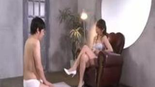 【佐々木あき】SEXよりフェラチオが好きなM男にオマ◯コの素晴らしさを教え込むセレブな美熟女www