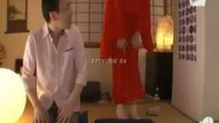 【Hitomi】耳かきサービスで爆乳のお姉さんが登場し客のチ〇ポを手コキとフェラで癒しちゃいます!