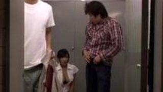 巨乳 映画 小倉奈々 乳 映画館
