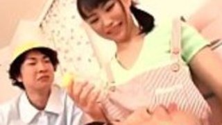 日本のベビーシッター吉永茜、大自然のおっぱい - もっと日本語のフルHDのポルノをwww.IFLJAPAN.comで
