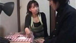 手淫で虐待された日本の盗人 - もっと日本語のフルHDのポルノをwww.IFLJAPAN.comで入手