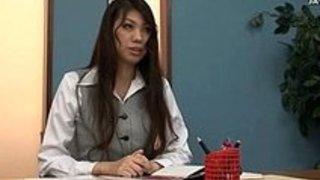 オナニーお姉さんたちが机の角でオナニーしまくり日本人動画|イクイクXVIDEOS日本人無料エロ動画まとめ