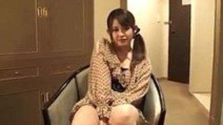 茶髪娘をナンパしたらホテルで一緒にシャワーを浴びちゃいます!素人 イクイクXVIDEOS日本人無料エロ動画まとめ
