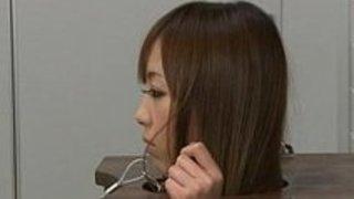男子部員達の肉便器にさせられてる巨乳ギャル。ザーメンまで飲んじゃう!|イクイクXVIDEOS日本人無料エロ動画まとめ