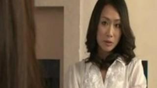夫のための2人の女性のセックス戦