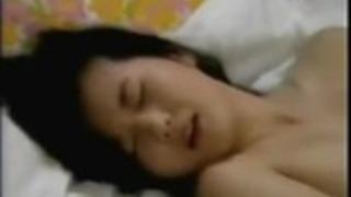 うわー彼女自身のマスターベーションソロ日本の女の子