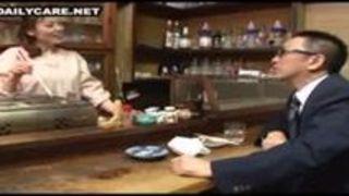 【神津千絵子中出し】五十路の熟女女将の、神津千絵子の中出しセックスプレイ動画。
