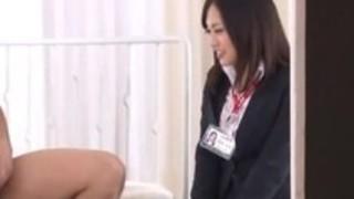 AV制作会社で働く美人女子社員にセクハラ業務命令