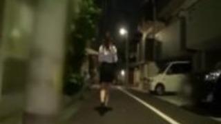 日本のオフィス女の子が捕らえられて屈辱を受ける#3