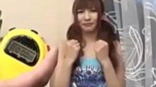 フルHDの日本のポルノ:zo.ee/4mPbV  - アジアの日本の十代Kotone Aisakiの頭を与える