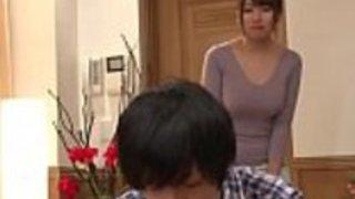 日本の足跡がson-nastyfamily.comの世話をする